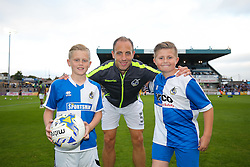 Mark McChrystal of Bristol Rovers poses with the mascots - Rogan Thomson/JMP - 11/08/2017 - FOOTBALL - Memorial Stadium - Bristol, England - Bristol Rovers v Cardiff City - EFL Cup First Round.