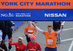 03-11-2013 ALGEMEEN: BVDGF NY MARATHON: NEW YORK <br /> De NY marathon werd weer een groot succes voor de BvdGf. Alle lopers hebben met prachtige tijden de finish gehaald. / Bas<br /> ©2013-WWW.FOTOHOOGENDOORN.NL
