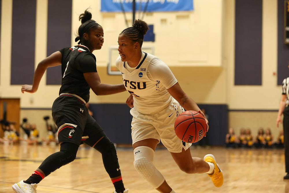 November 10, 2017 - Johnson City, Tennessee - Brooks Gym: ETSU forward Raven Dean (5)<br /> <br /> Image Credit: Dakota Hamilton/ETSU