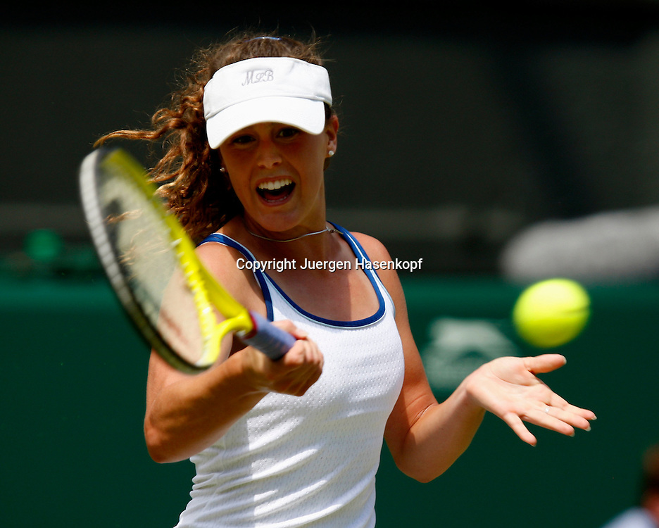 Wimbledon 2010,Sport, Tennis, ITF Grand Slam Tournament, Michelle Larcher De Brito (POR)..Foto: Juergen Hasenkopf..