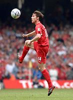 Photo: Daniel Hambury.<br />Liverpool v West Ham United. The FA Cup Final. 13/05/2006.<br />Liverpool's Xabi Alonoso controls the ball.