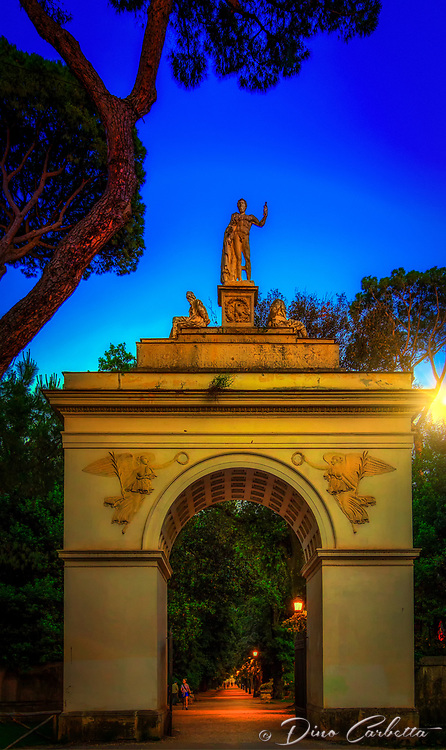 """The sun goes down on the Arch at the gardens of Villa Borghese Roma""...<br />
