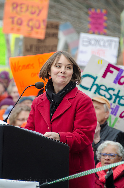 Augusta, Maine, USA. 21st Jan, 2017. Shenna Bellows, Maine State Senator, address the Women's March on Maine rally in front of the Maine State Capitol. The March on Maine is a sister rally to the Women's March on Washington.