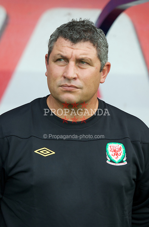 CARDIFF, WALES - Wednesday, August 10, 2011: Wales' coach Osian Roberts before an International Friendly match against Australia at the Cardiff City Stadium. (Photo by David Rawcliffe/Propaganda)