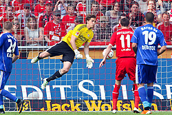 30.04.2010,  Rhein Energie Stadion, Koeln, GER, 1.FBL, FC Koeln vs Bayer 04 Leverkusen, 31. Spieltag, im Bild: Rene Adler (Leverkusen #1) (M) laesst den Ball prallen. Milivoje Novakovic (Koeln #11) schiesst ein  EXPA Pictures © 2011, PhotoCredit: EXPA/ nph/  Mueller       ****** out of GER / SWE / CRO  / BEL ******
