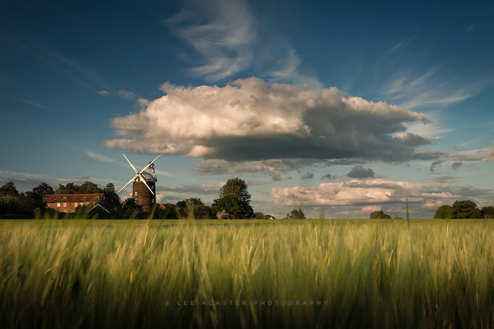Another one from Old Buckenham, 6 shots stitched using the 45mm TS-E