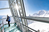 Italia, Aosta valley, Courmayeur, Skyway Monte Bianco, Punta Helbronner station at 3466 meters // Italie, Vallée d'Aoste, Courmayeur, Skyway Monte bianco, station Punta Helbonner à 3466m