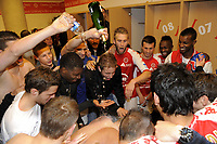 FOOTBALL - FRENCH CHAMPIONSHIP 2011/2012 - STADE DE REIMS v AS MONACO   - 07/05/2015 - PHOTO JEAN MARIE HERVIO / REGAMEDIA / DPPI - CELEBRATION REIMS PLAYERS AFTER THE VICTORY AND QUALIFICATION IN LIGUE 1 FOR THE NEXT SEASON