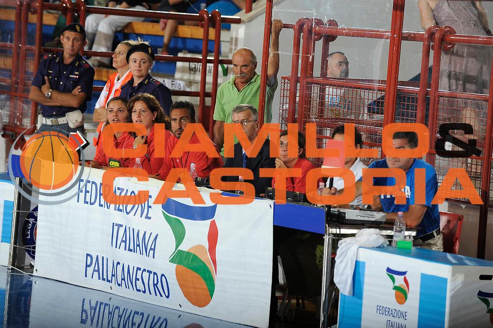 DESCRIZIONE : Porto San Giorgio Eurobasket Men 2009 Additional Qualifying Round Italia Finlandia<br /> GIOCATORE : Carlo De Virgiliis<br /> SQUADRA : Italia Italy Nazionale Italiana Maschile<br /> EVENTO : Eurobasket Men 2009 Additional Qualifying Round <br /> GARA : Italia Finlandia Italy Finland<br /> DATA : 20/08/2009 <br /> CATEGORIA :  referee<br /> SPORT : Pallacanestro <br /> AUTORE : Agenzia Ciamillo-Castoria/G.Ciamillo