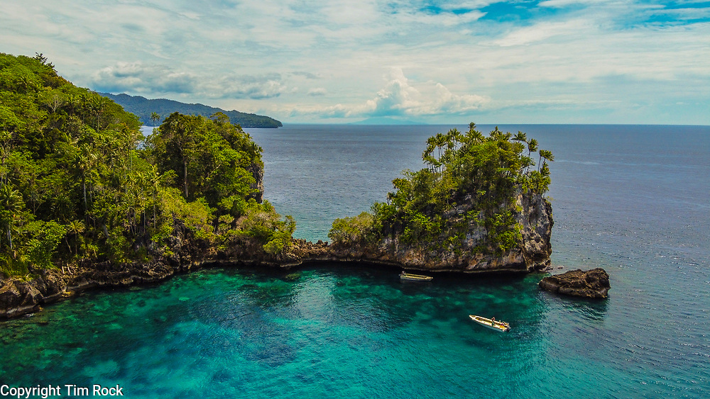 DCIM\100MEDIA\DJI_0597.JPG Triton Bay Dec 2019 (West Papua Indonesia)