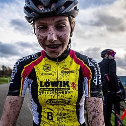 08-12-2019: Wielrennen: veldrit: Almelo <br />Julia van der Meulen
