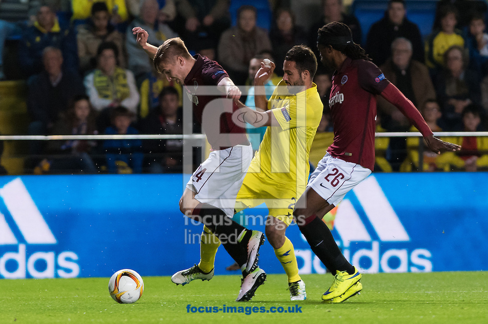 Mario Gaspar of Villarreal CF and Costa of AC Sparta Prague during the UEFA Europa League quarter final match at Estadio El Madrigal, Villarreal<br /> Picture by Maria Jose Segovia/Focus Images Ltd +34 660052291<br /> 07/04/2016
