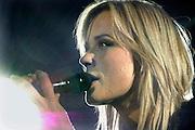 Nederland, Arnhem, 20-10-2006; Optreden Ilse de Lange als voorprogramma van Marco Borsato in Gelredome.Foto: Flip Franssen/Hollandse Hoogte
