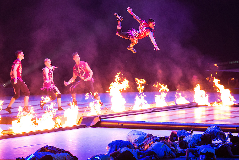 Artists from Cirque du Soleil perform during the opening ceremonies at the Pan American Games in Toronto, Canada, July 10,  2015.  AFP PHOTO/GEOFF ROBINS