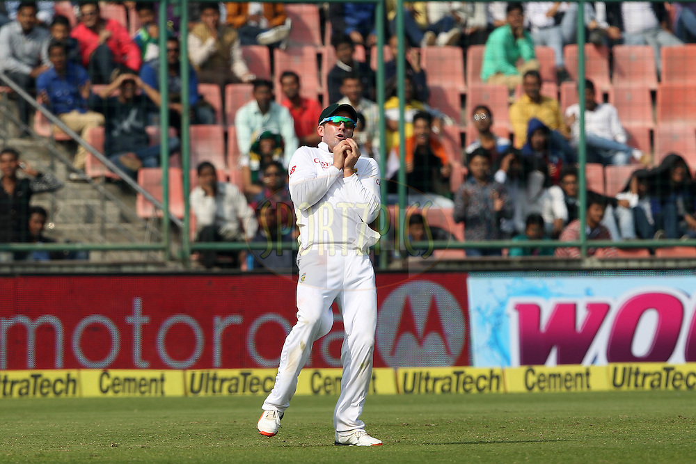 AB de Villiers of South Africa takes the catch to dismiss Ravichandran Ashwin of India  during day two of the 4th Paytm Freedom Trophy Series Test Match between India and South Africa held at the Feroz Shah Kotla Stadium in Delhi, India on the 4th December 2015<br /> <br /> Photo by Ron Gaunt  / BCCI / SPORTZPICS