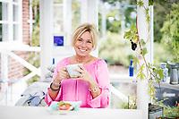 Anne Lundberg till Frukost med.