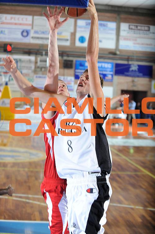 DESCRIZIONE : Castelfiorentino Lega A 2009-10 Basket Torneo V. Martini Virtus Bologna Bancatercas Teramo<br /> GIOCATORE : Baldi Rossi<br /> SQUADRA : Virtus Bologna<br /> EVENTO : Campionato Lega A 2009-2010 <br /> GARA : Virtus Bologna Bancatercas Teramo<br /> DATA : 12/09/2009<br /> CATEGORIA : tiro<br /> SPORT : Pallacanestro <br /> AUTORE : Agenzia Ciamillo-Castoria/G.Ciamillo
