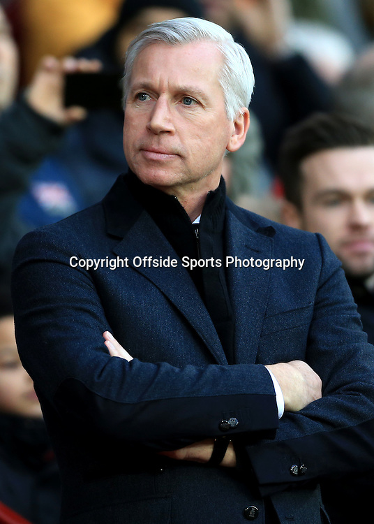 26th December 2014 - Barclays Premier League - Manchester United v Newcastle United - Newcastle manager Alan Pardew - Photo: Simon Stacpoole / Offside.