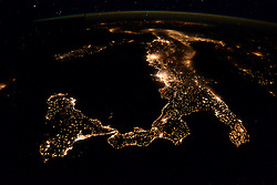 EARTH Aboard the International Space Station -- 08 Apr 2016 -- British ESA astronaut Tim Peake took this remarkable (if a little blurred) night image of Italy and the island of Sicily from the International Space Station on 05 Apr 2016 with London in the foreground on the centre right and the Aurora Borealis in the background. EXPA Pictures © 2016, PhotoCredit: EXPA/ Photoshot/ Tim Peake/Atlas Photo Archive/NASA/ESA<br /> <br /> *****ATTENTION - for AUT, SLO, CRO, SRB, BIH, MAZ, SUI only*****