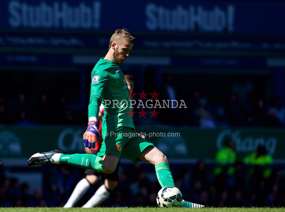 LIVERPOOL, ENGLAND - Sunday, April 26, 2015: Manchester United's goalkeeper David de Gea in action against Everton during the Premier League match at Goodison Park. (Pic by David Rawcliffe/Propaganda)