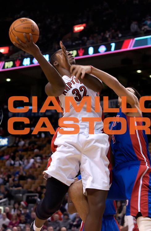 DESCRIZIONE : Toronto NBA 2010-2011 Toronto Raptors Los Angeles Lakers<br /> GIOCATORE : Ed Davis<br /> SQUADRA : Toronto Raptors Los Angeles Lakers<br /> EVENTO : Campionato NBA 2010-2011<br /> GARA : Toronto Raptors Los Angeles Lakers<br /> DATA : 19/12/2010<br /> CATEGORIA :<br /> SPORT : Pallacanestro <br /> AUTORE : Agenzia Ciamillo-Castoria/V.Keslassy<br /> Galleria : NBA 2010-2011<br /> Fotonotizia : Toronto NBA 2010-2011 Toronto Raptors Los Angeles Lakers<br /> Predefinita :
