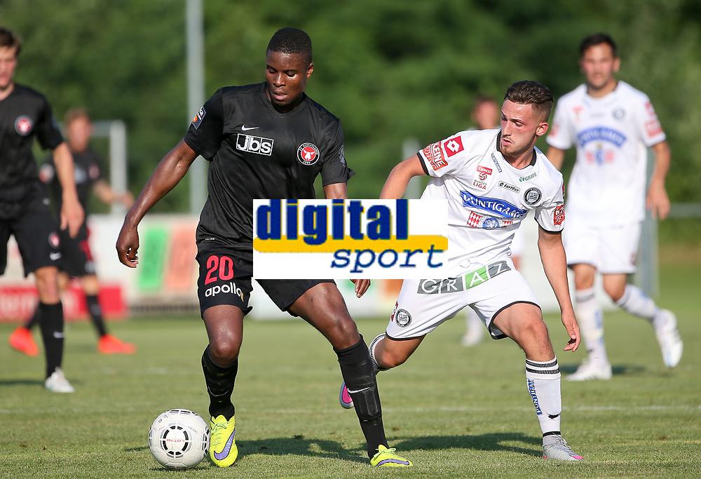 Fotball<br /> 01.07.2015<br /> Foto: Gepa/Digitalsport<br /> NORWAY ONLY<br /> <br /> SK Sturm Graz vs FC Midtjylland, test match. <br /> <br /> Image shows Francis Dickoh (Midtjylland) and Donis Avdijaj (Sturm).
