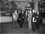 01/05/1958<br /> 05/01/1958<br /> 01 May 1958 <br /> Party of 30 U.S. journalists visit the Guinness Brewery, St. James's Gate, Dublin. The group on a tour of the brewery.