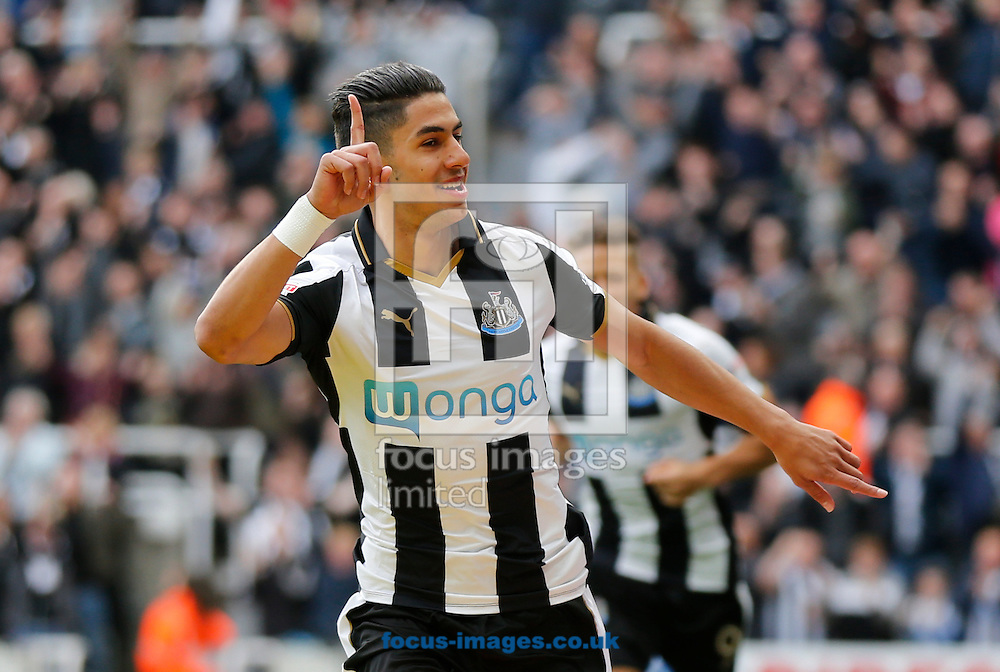 Ayoze Perez of Newcastle United celebrates scoring the opening goal during the Sky Bet Championship match at St. James's Park, Newcastle<br /> Picture by Simon Moore/Focus Images Ltd 07807 671782<br /> 22/10/2016