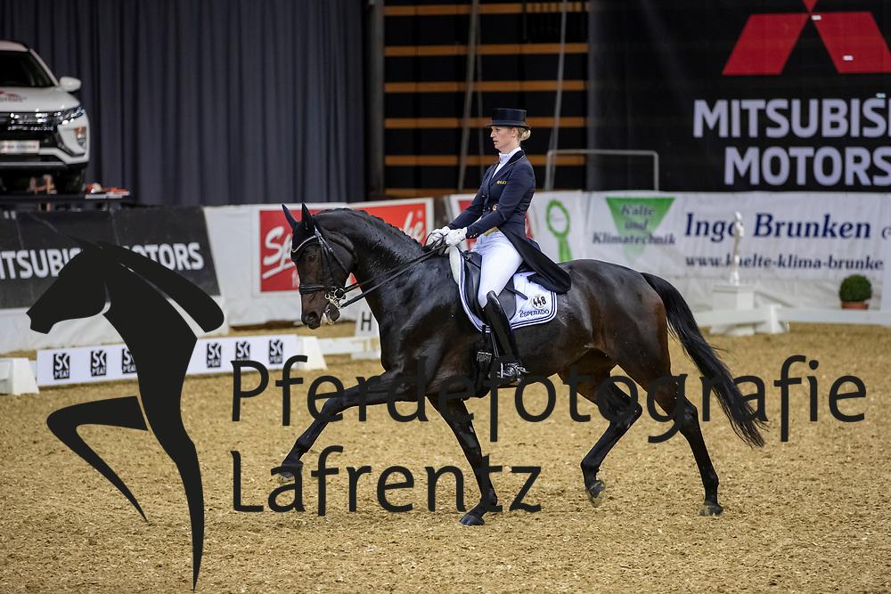 DE RIDDER Jill (GER), Whitney 341<br /> Oldenburg - AGRAVIS-Cup 2018<br /> Grand Prix de Dressage<br /> 02. November 2018<br /> © www.sportfotos-lafrentz.de/Stefan Lafrentz