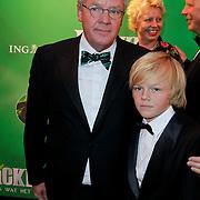 NLD/Scheveningen/20111106 - Premiere musical Wicked, Guido Maas en zoon