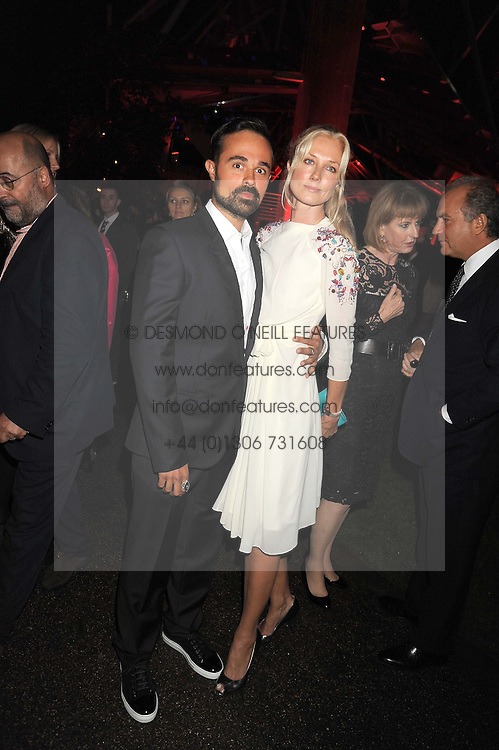 EVGENY LEBEDEV and JOELY RICHARDSON at the annual Serpentine Gallery Summer Party in Kensington Gardens, London on 9th September 2008.
