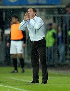 15-05-2008 Voetbal:RKC Waalwijk:ADO Den Haag:Waalwijk<br /> Emotioneel stuurt Petrovic iedereen nog eens naar voren<br /> Foto: Geert van Erven