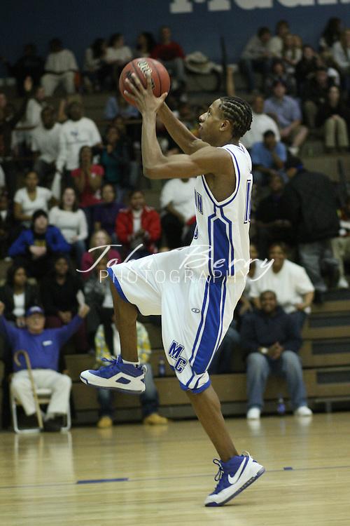MCHS JV Boys Basketball .vs Clarke .1/13/2009