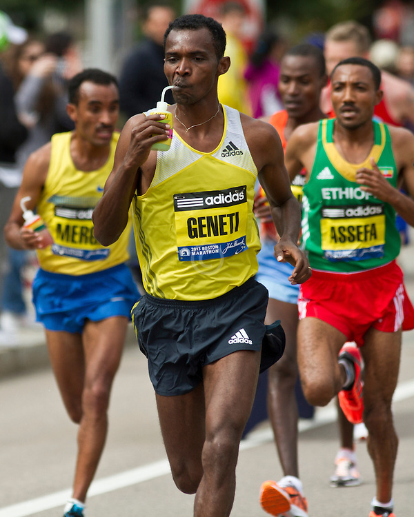 2013 Boston Marathon: Markus Geneti take fluids on course
