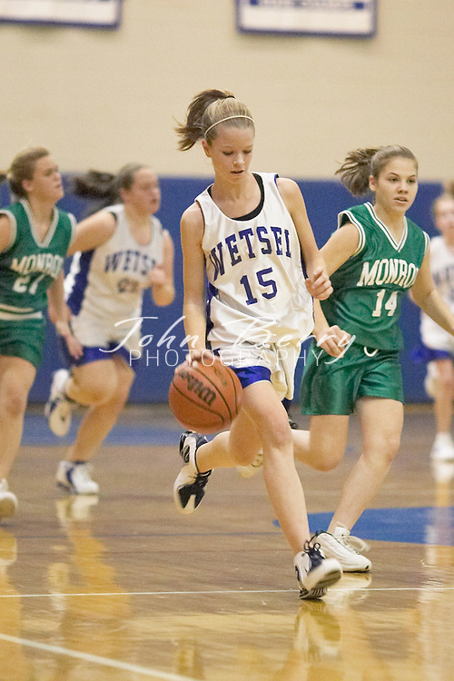 MCHS 8th Grade Girls..vs Greene..First Period..December 13, 2004