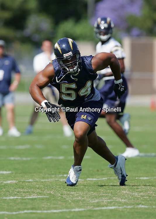 SAN DIEGO - JUNE 10:  Linebacker Stephen Cooper #54, a free agent acquisition by the San Diego Chargers, works out during mini camp at Chargers Park on June 10, 2006 in San Diego, California. ©Paul Anthony Spinelli *** Local Caption *** Stephen Cooper