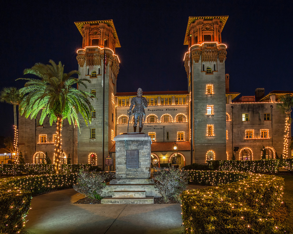 The Lightner Museum is building was the Alcazar Hotel built in 1888 by Henry Flagler. Today the museum features wonderful collections of 19th century art.  During the St. Augustine's annual Nights of Light Festival, the museum and it's ground are turned into a magical scene.