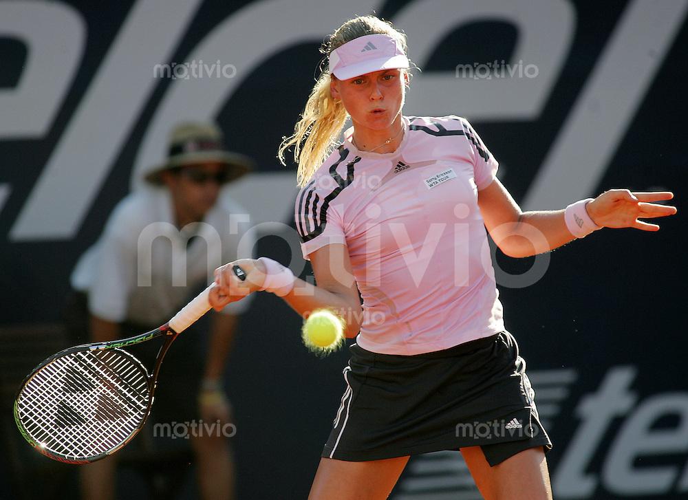 Tennis Acapulco Abierto Mexicano Damen Einzel  Anna-Lena Groenefeld (GER) spielt eine Vorhand in ihrem Spiel gegen Kristina Brandi (ITA).
