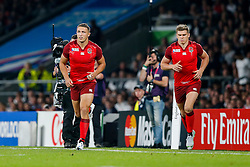 England replacement Sam Burgess and replacement Owen Farrell are brought on - Mandatory byline: Rogan Thomson/JMP - 07966 386802 - 18/09/2015 - RUGBY UNION - Twickenham Stadium - London, England - England v Fiji - Rugby World Cup 2015 Pool A.