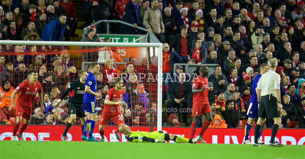 LIVERPOOL, ENGLAND - Boxing Day, Saturday, December 26, 2015: Leicester City's goalkeeper Kasper Schmeichel falls over in the Liverpool penalty area as his side chase an injury time equaliser during the Premier League match at Anfield. (Pic by David Rawcliffe/Propaganda)