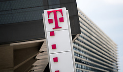 "26.03.2019, T-Center, Wien, AUT, T-Mobile, Pressekonferenz zum Thema""5G-Pionier Österreich - T-Mobile startet 5G-Netz"", im Bild Feature T-Mobile Logo // during an media briefing of the Austrian telecommunication company ""T-Mobile"" in Vienna, Austria on 2019/03/26, EXPA Pictures © 2019, PhotoCredit: EXPA/ Michael Gruber"