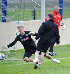 19.05.2010, Arena, Irdning, AUT, FIFA Worldcup Vorbereitung, Training England, im Bild Joe Hart (Birmingham City), Wayne Rooney (Manchester United), EXPA Pictures © 2010, PhotoCredit: EXPA/ S. Zangrando / SPORTIDA PHOTO AGENCY