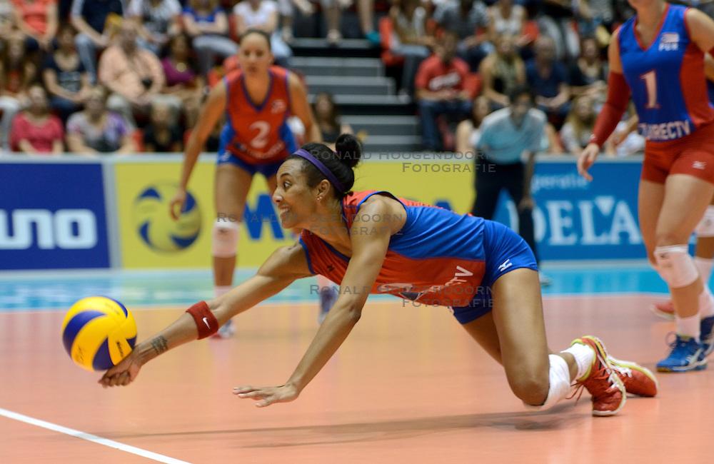 09-08-2014 NED: FIVB Grand Prix Puerto Rico - Polen, Doetinchem<br /> Aurea Cruz