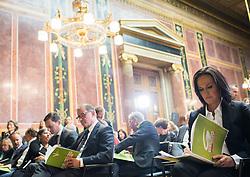 17.10.2016, Parlament, Wien, AUT, Grüne, Festveranstaltung anlässlich 30 Jahre Grüne im Parlament. im Bild v.l.n.r. Nationalratsabgeordneter ÖVP und Zweiter Nationalratspräsident Karlheinz Kopf und Grüne Klubobfrau Eva Glawischnig // f.l.t.r. 2nd President of the National Council Karlheinz Kopf (OeVP) and Leader of the parliamentary group the greens Eva Glawischnig during ceremony due to 30 years of the green party in the austrian parliament in Vienna, Austria on 2016/10/17. EXPA Pictures © 2016, PhotoCredit: EXPA/ Michael Gruber