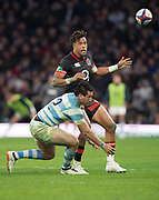 Twickenham, Surrey United Kingdom. Antony WATSON and Santiiago GONZALEZ IGLESIAS, during the England vs Argentina. Autumn International, Old Mutual Wealth series. RFU. Twickenham Stadium, England. <br /> <br /> Saturday  11.11.17.    <br /> <br /> [Mandatory Credit Peter SPURRIER/Intersport Images]