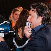 NLD/Amsterdam/20121130 - 4e liveshow The Voice of Holland 2012, Marco Borsato spreekt de deelnemers toe