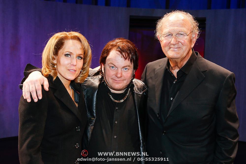 NLD/Amsterdam/20130120 - Premiere Hij Gelooft in mij met Hadewich Minis, met Martijn Fischer en Joop van den Ende