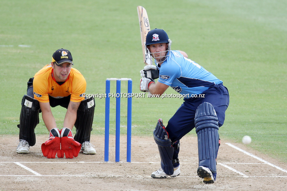 Gareth Hopkins. Men's one day cricket, Auckland Aces v Wellington Firebirds, Colin Maiden Park, Auckland. Wednesday 12 January 2011. Photo: Ella Brockelsby/photosport.co.nz