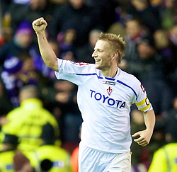 LIVERPOOL, ENGLAND - Wednesday, December 9, 2009: AFC Fiorentina's Martin Jorgensen celebrates scoring an equalising goal against Liverpool during the UEFA Champions League Group E match at Anfield. (Photo by David Rawcliffe/Propaganda)