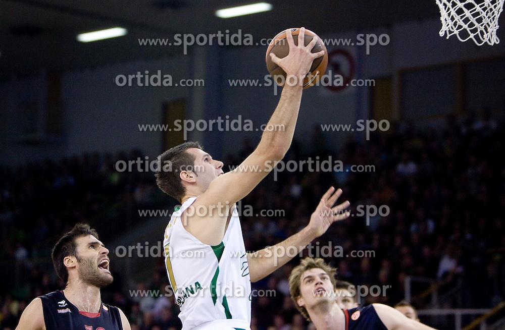 Sani Becirovic (7) of Olimpija at Group C of Euroleague basketball match between KK Union Olimpija, Slovenia and Caja Laboral, Spain, on November 5, 2009, in Arena Tivoli, Ljubljana, Slovenia.  (Photo by Vid Ponikvar / Sportida)